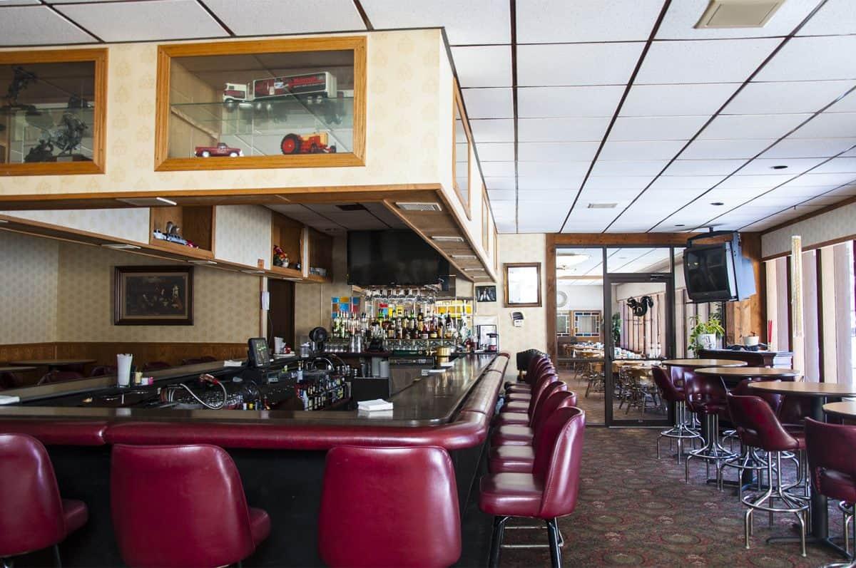 Bar & Restaurant, Cocktail Bar, Lounge
